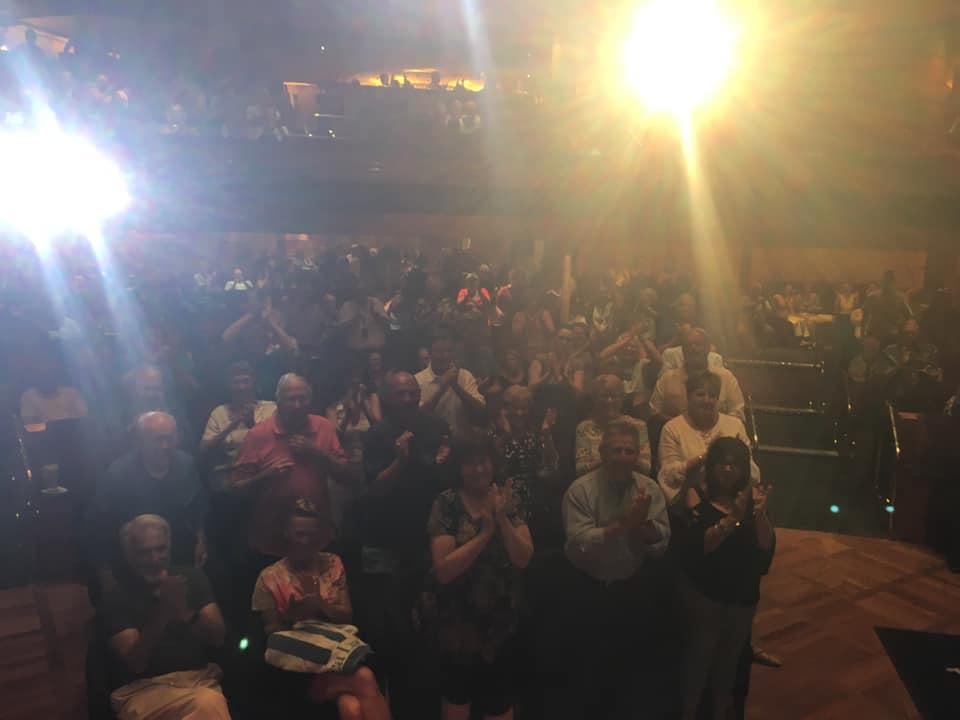 HAL, Rotterdam, standing ovation